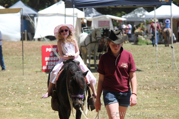 Bellingen market Rosie pony ride small
