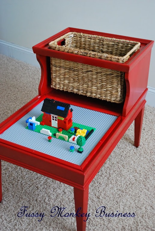 LEGO Table-1