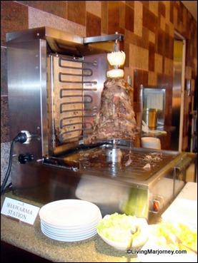 Acaci Restaurant: Shawarwa Station