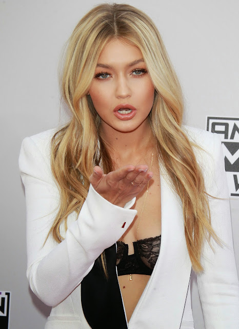 Gigi Hadid at 2 14 American Music Awards Exposing her sexy Transparent Bra Downblouse Beautiful Young Babe