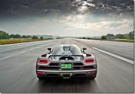 2012-Koenigsegg-Agera-Rear