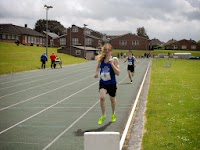 Sam pb in 800m 4th.JPG