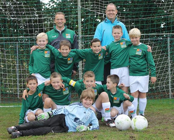 Groessen E7 teamfoto 2012-2013.JPG