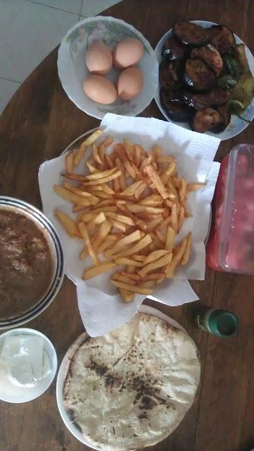 يوم الجمعه و احلي فطار مع العائله