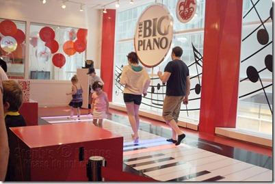 NY-Big-Piano