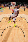 wearing brons nba lebron10 volt eric bledsoe 11 Wearing Brons: Eric Bledsoe Takes Flight in Volt LeBron Xs