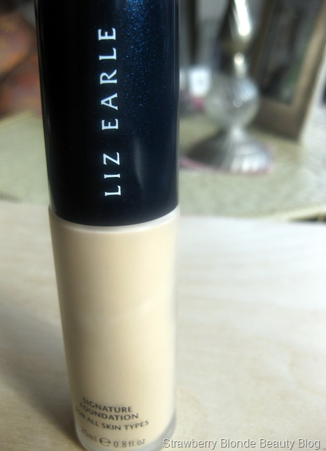 Signature-Foundation-Ivory-02-Review