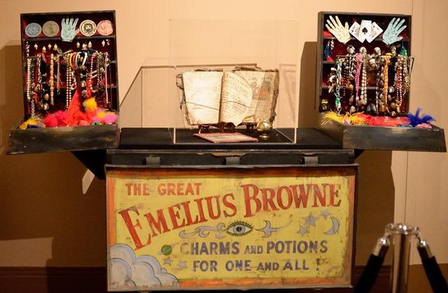 bedknobs and broomsticks emelius browne 7811860766_d5e3377ec6_k