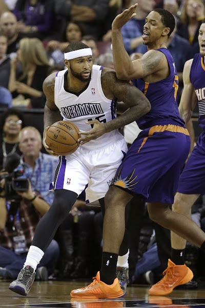 DeMarcus Cousins Drops Buckets in LeBron 11 Terracotta Warrior