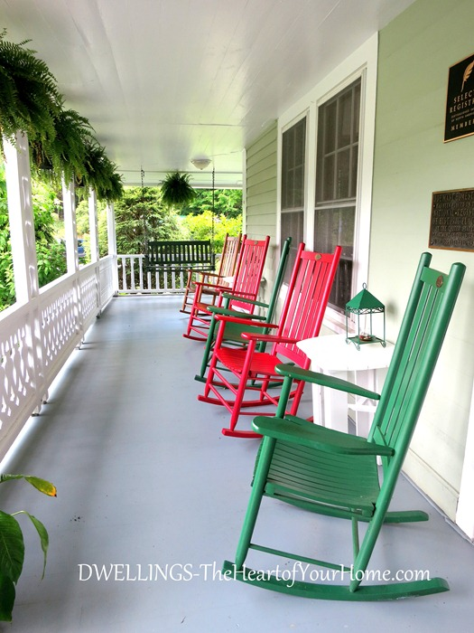 mast farm inn porch