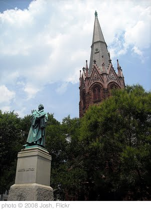 'Luther Place Memorial Church and Martin Luther statue' photo (c) 2008, Josh - license: http://creativecommons.org/licenses/by-nd/2.0/