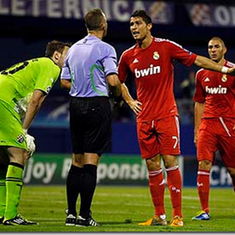 Cristiano Ronaldo ajak pengadil beraya ?