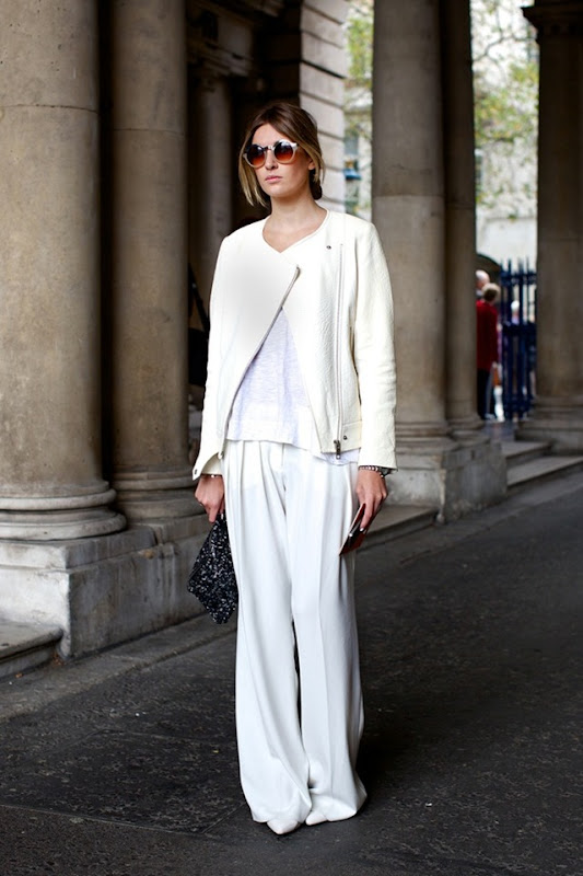 LFW-LONDON-FASHION-WEEK-STREETSTYLE-SS-SPRING-SUMMER-2013-FALL-WHITES-ALL-WHITE-LOOK-MOTO-JACKET-WHITE-TEE-TSHIRT-WIDE-LEG-PANTS-CLUTCH-ROUND-SUNGLASSES-MINIMAL-CHIC-SIMPLE-WATCH-VIA-VOGUE-UK