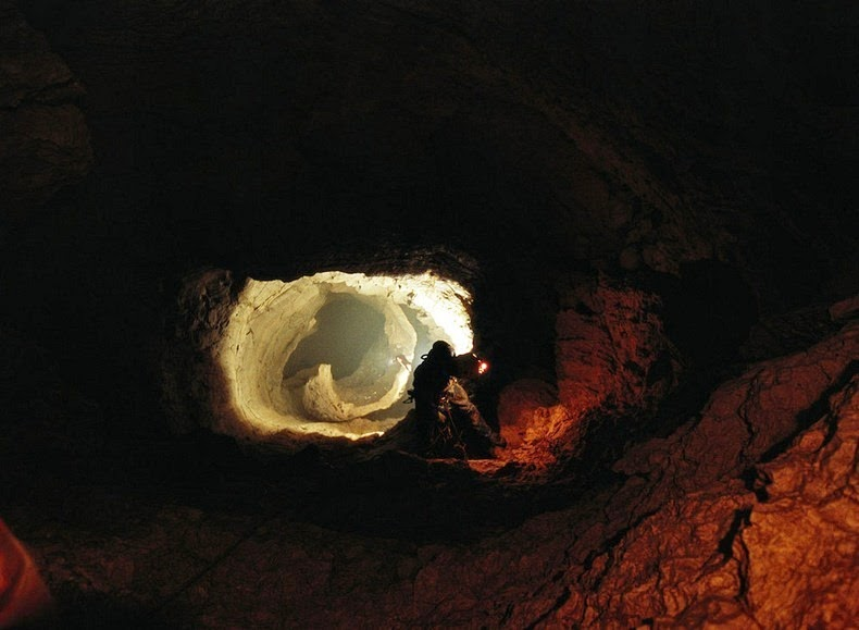 krubera-cave-13