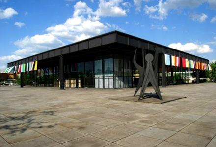 Neue-National-Gallery-de-Mies-van-der-Rohe