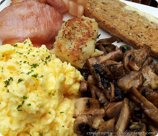 Antipodean Cafe Big Breakfast