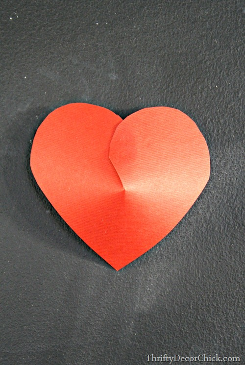 Make puffy 3D hearts with paper