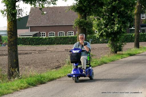 rolstoeldriedaagse dag 1  overloon 05 juli  2011 (19).JPG