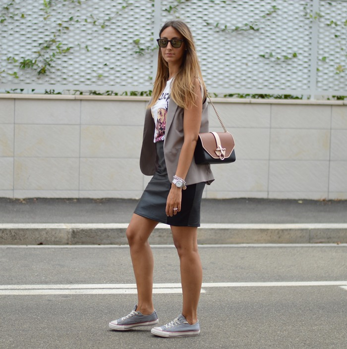 Metallica, Givenchy, Givenchy Obsedia Bag, Givenchy Bag, H&M, Primark, Carrera, Carrera Sunglasses, H&M Skirt, Rock Outfit, Fashion Blogger