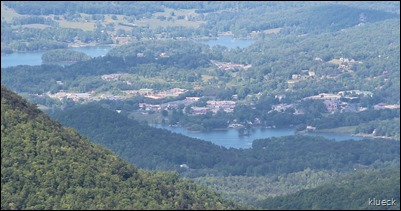 1280px-Hiawassee,_Georgia_viewed_from_Brasstown_Bald