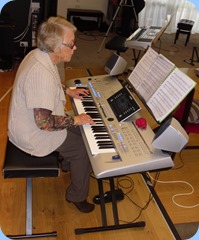 Marlene Forrest playing Barbara McNab's Yamaha Tyros 4 keyboard