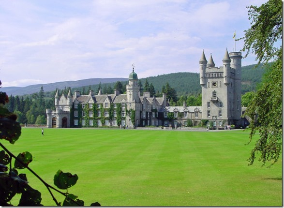 real-life-castles-26