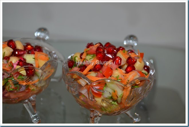 Single serve bowls of salad