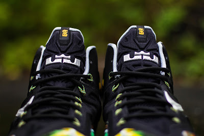 nike lebron 11 gr everglades 5 08 Release Reminder: Nike LeBron XI Everglades Goes Into the Wild