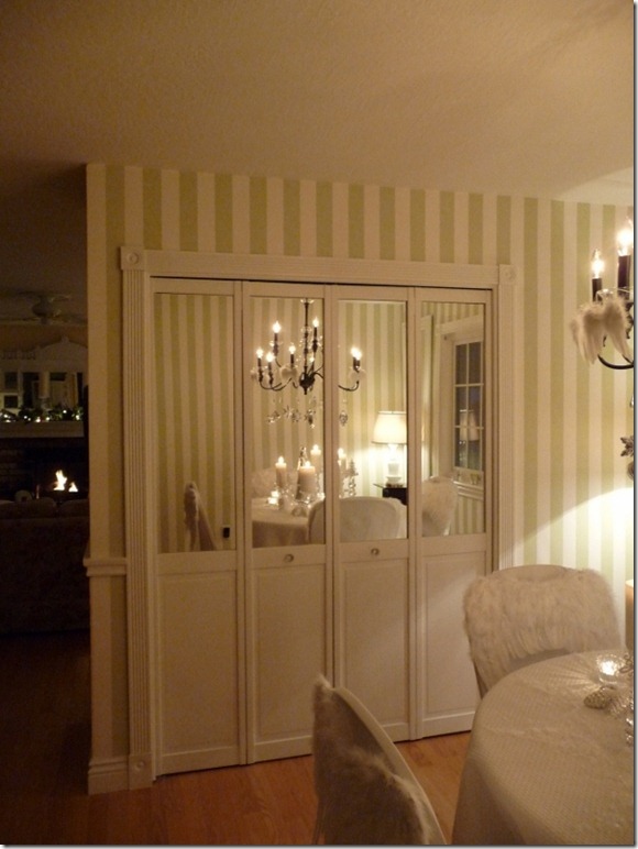 Christmas dining room 2011 angel wings 045 (600x800)