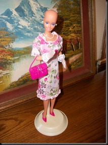 Barbie-calva-bald-and-really-beautiful-princess-2013-muñecas-Barbie-juguetes-Pucca-juegos-infantiles-niñas-cancer-hospital-chicas-maquillar-vestir-peinar-fashion-belleza-princesas-bebes-facebook-9