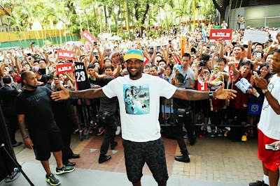 other event 140724 lebron rise tour asia 2 01 LeBron James Sneaker Rotation During 2014 Rise Tour in Asia