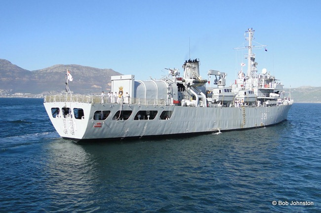 INS-Darshak-Indian-Navy-Ship-South-Africa-05