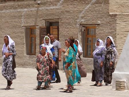 21. Turiste uzbece.JPG