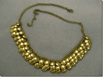 Gold necklace 01