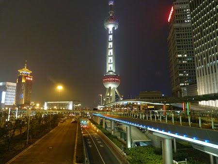 14. Turnul televiziune Shanghai.JPG