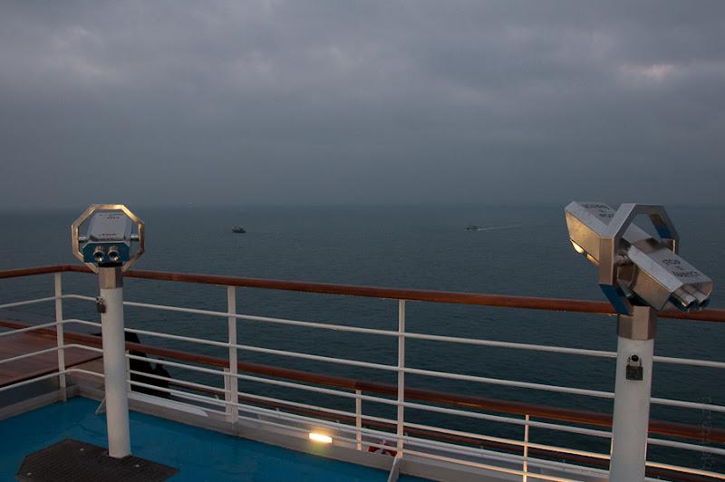 Третий день. Casablanca. Morocco. Круиз. Costa Concordia. Даже вооружившись сложно было определить расстояние и скорость.
