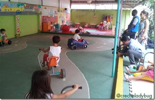 criancas-educacao-infantil-transito-creche-escola-ladybug-recreio-rj