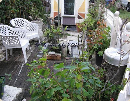 11-06-patio-area2