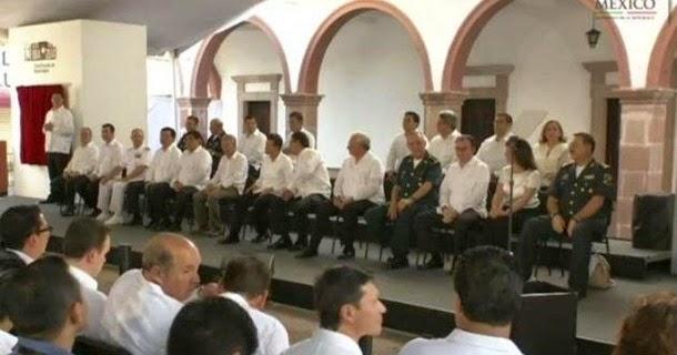 Peña celebra bicentenario de la Constitución de Apatzingán