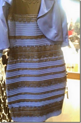 dress_white-gold_and_blue-black