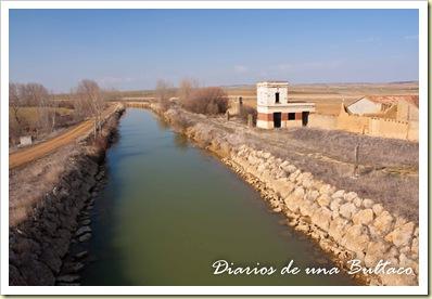 Puente Paredes de Nava-1