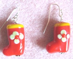 2011 Beaded gifts..red boot earrings