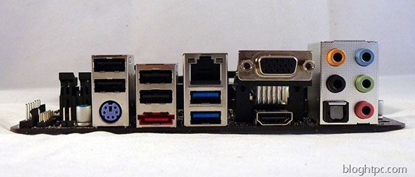 Asrock-FM2-A75M-ITX-conectividad-trasera
