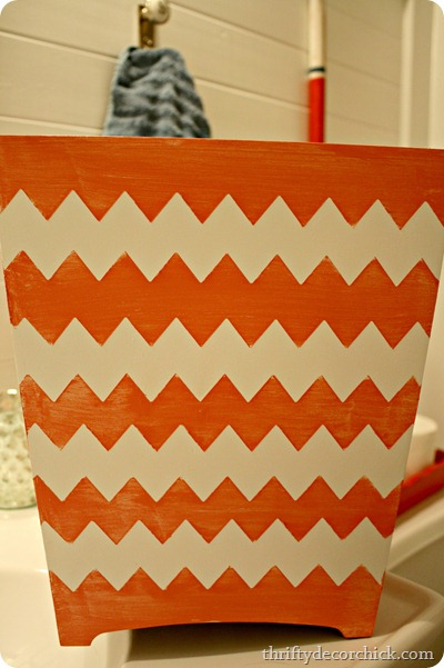pink-chevron-and-white-painted-wastebasket