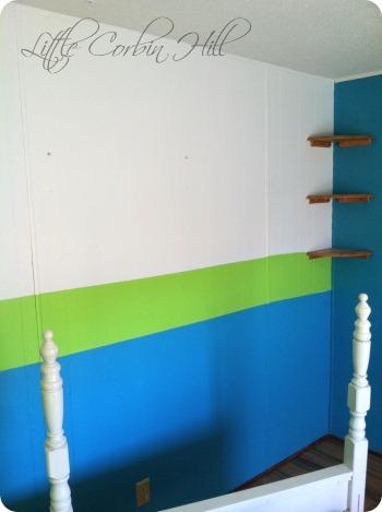 Kennas room before