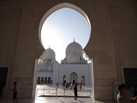 Moscheea Abu Dhabi