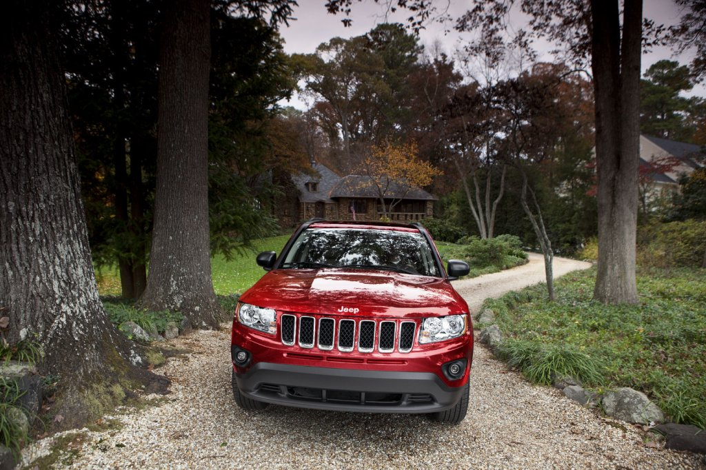 Yeni-Jeep-Compass-Facelift-1.jpg?imgmax=1800