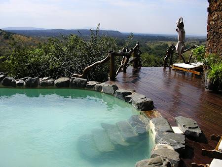 Safari travel: Lodge in Serengeti