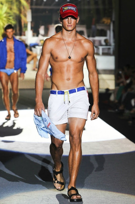 Milan Fashion Week Primavera 2012 - Dsquared² (25)