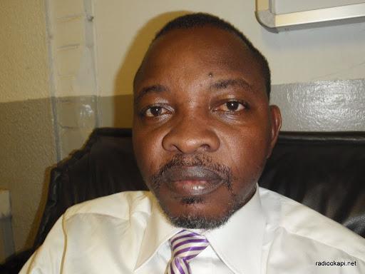 Mike Mukebaye, invité de Radio Okapi à Kinshasa, mai 2010.